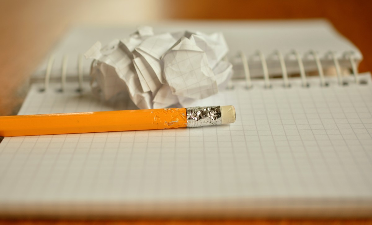 pencil_notes_chewed_paper_ball_office_leave_writing_tool_notepad-1165859.jpg!d